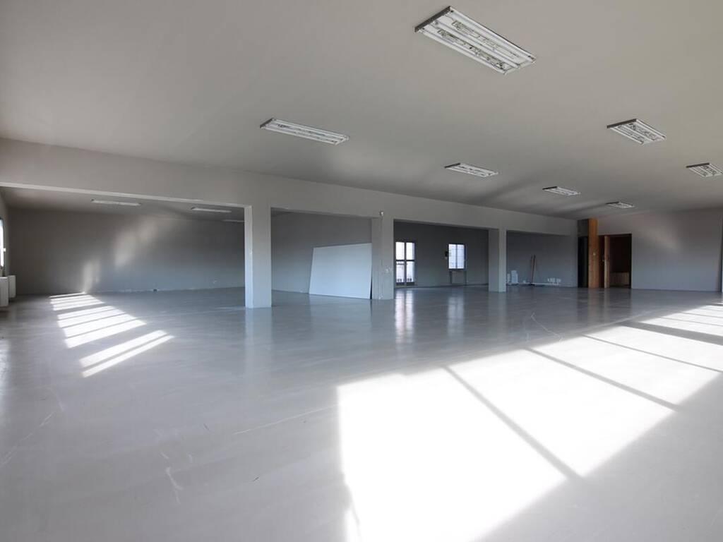 Ufficio Commerciali in vendita