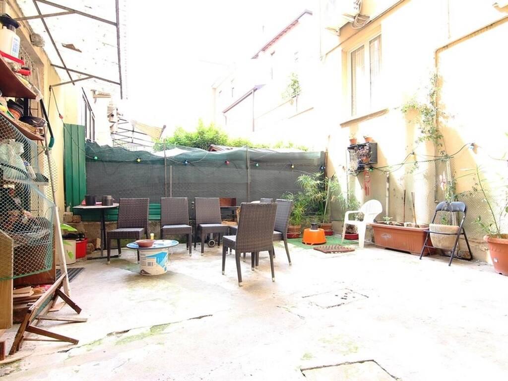 1 camera Residenziali in vendita